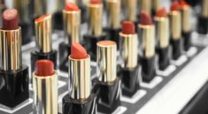 Beautify Yourself With The Top Cosmetic Brands in India