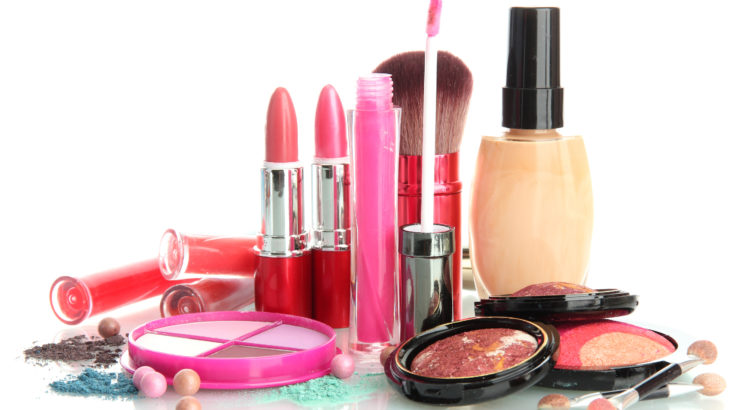 Beautify Yourself With The Top Cosmetic Brands of India